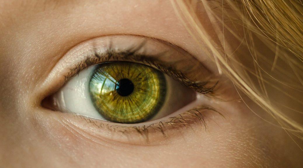 Juiste lenzenvloeistof blijven ogen gezonder
